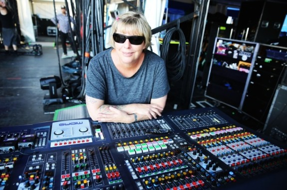 sound-engineer-career-advice-kerrie-keyes-michelle-pettinato-soundgirls-mixing-stage-monitors