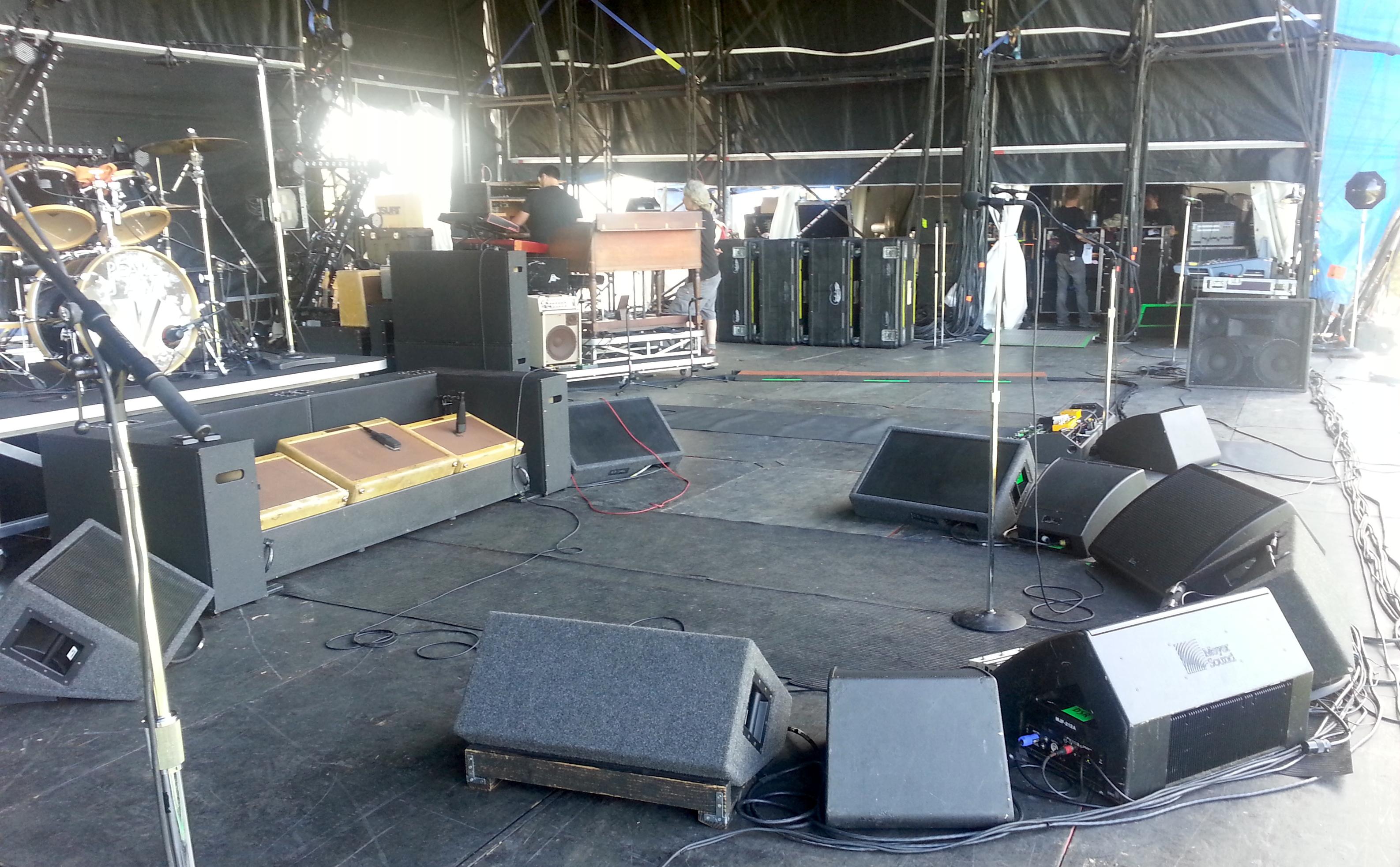 sound-engineer-career-advice-kerrie-keyes-michelle-pettinato-soundgirls-stage-monitors-eddie-vedder